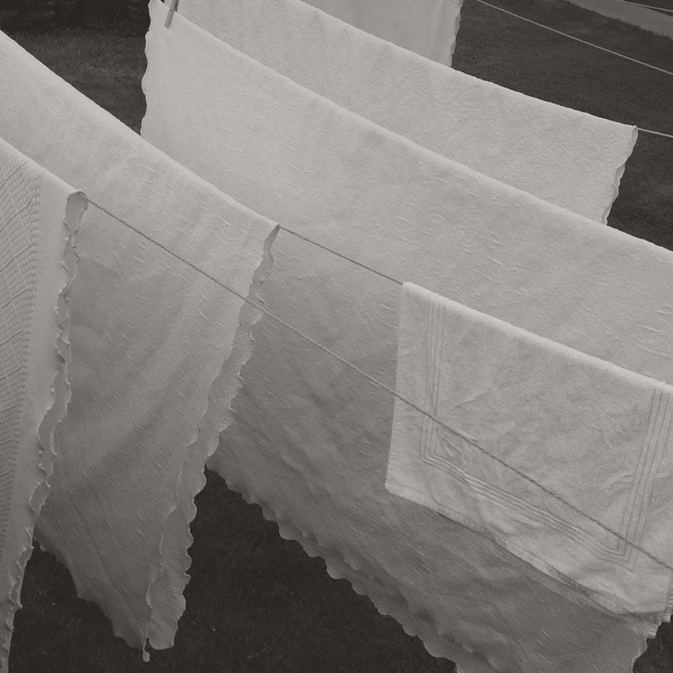 Le séchage des draps en coton au naturel