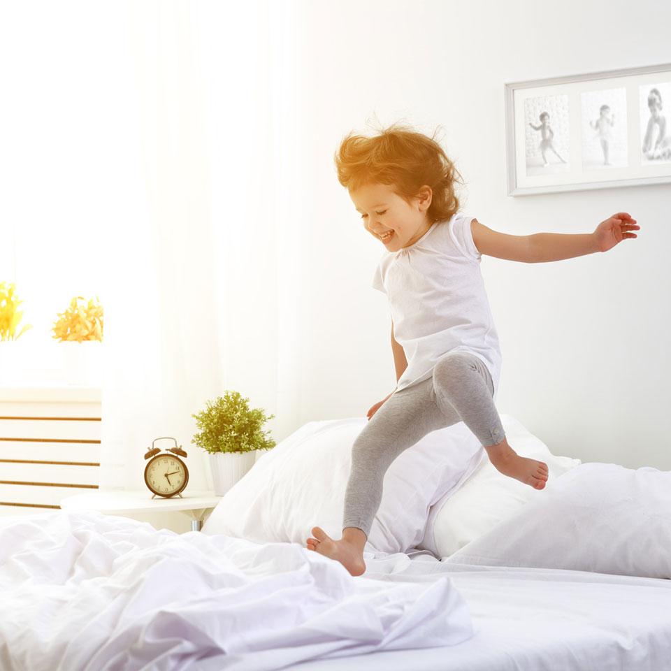 L'énurésie est caractérisée par pipi au lit